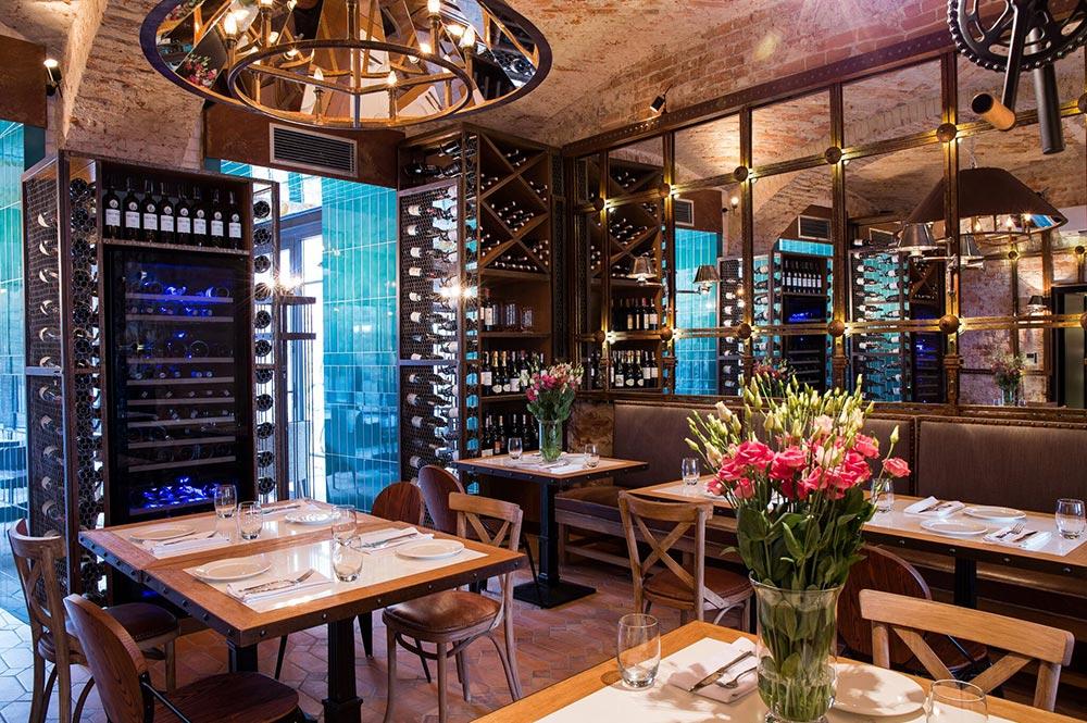 Fiorentina zdjęcia środka sali Restauracji